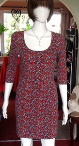 Multicoloured-Floral-Stretch-Mini-Dress-With-Sleeves-From-F-amp-F-Size-40-small-med