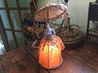 Antik Arbeit Half Doll Lampe Mit Seide ~spitze~ Millinery Blume Rand Spitze