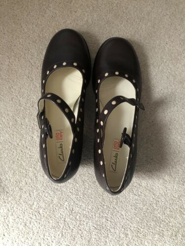 Orla Kiely Brown Shoes 7 1/2