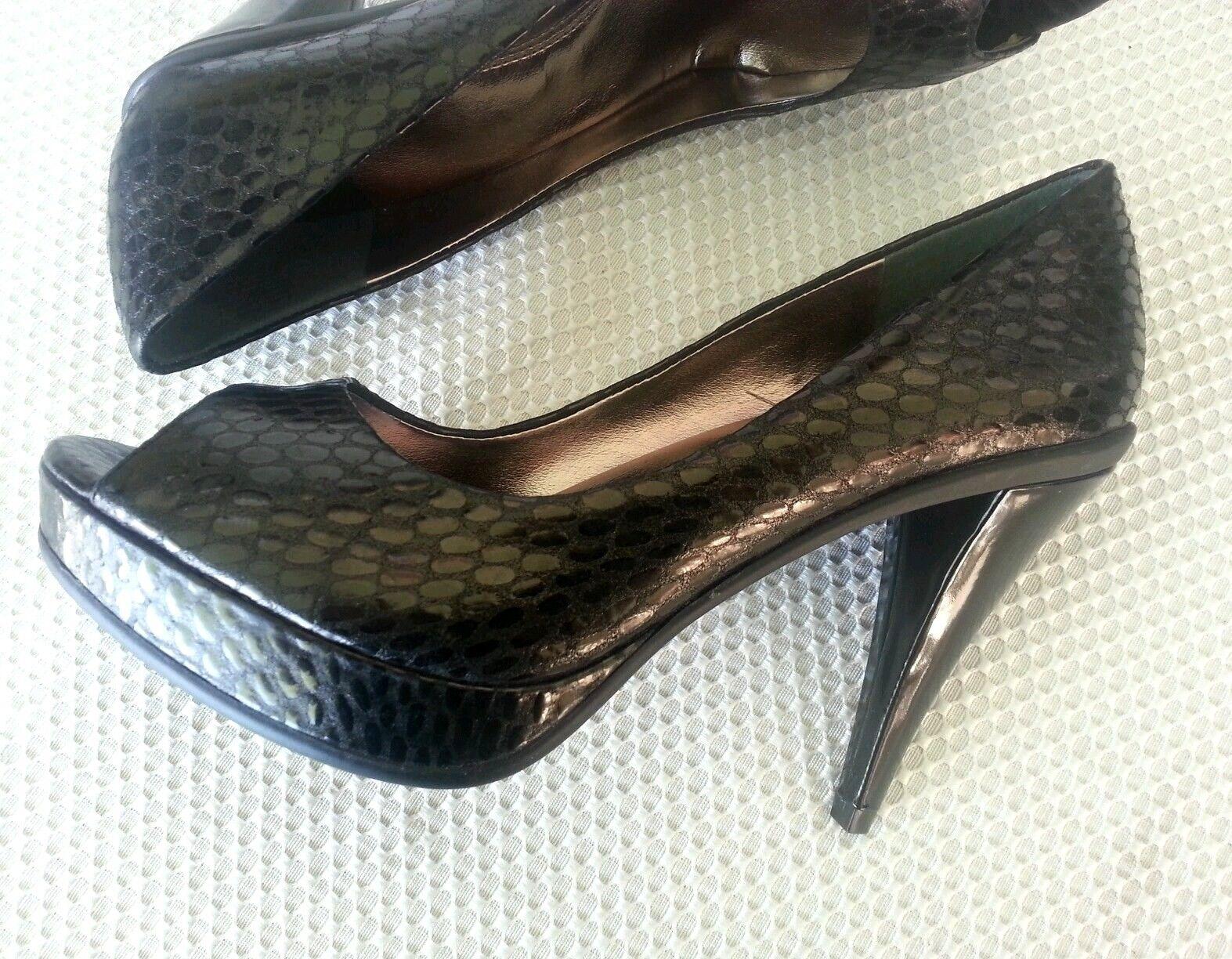 Kenneth Cole R. R. R. Nuevo Negro Peep Serpiente 9.5 M Peep Toe De Cuero Zapatos De Salón  gran descuento