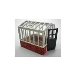 Ancorton Models Small Greenhouse - 95851 Laser Cut Wood Kit OO Gauge