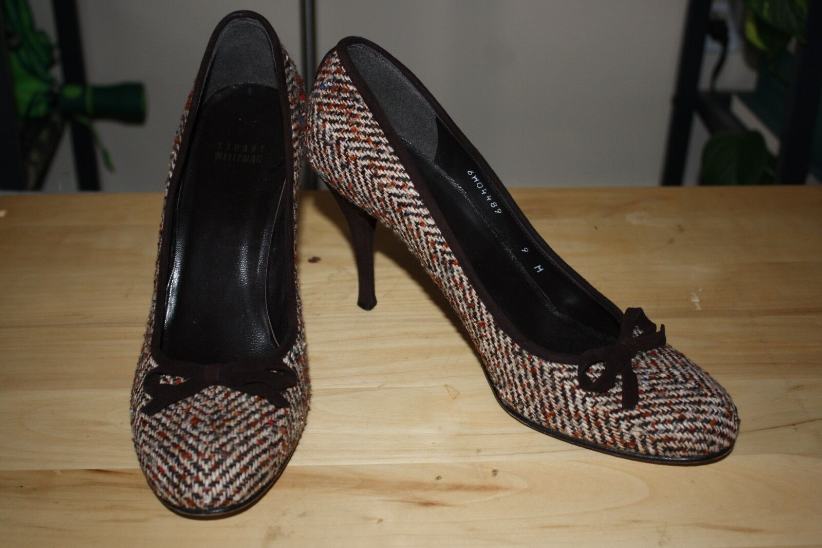 Stuart Weitzman 9 M Brown Tweed Stilettos High Heel Velvet Bow Rounded Toe Suede
