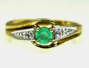 Emerald-amp-Diamond-9ct-Yellow-Gold-Ring-size-J-4-3-4