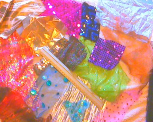 sparkly fabric off-cuts//scraps for collage//card making// kids crafts etc