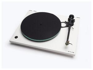Rega-RP3-Turntable-w-dustcover-Elys2-Cartridge-RB303-Tonearm-White-1100-List