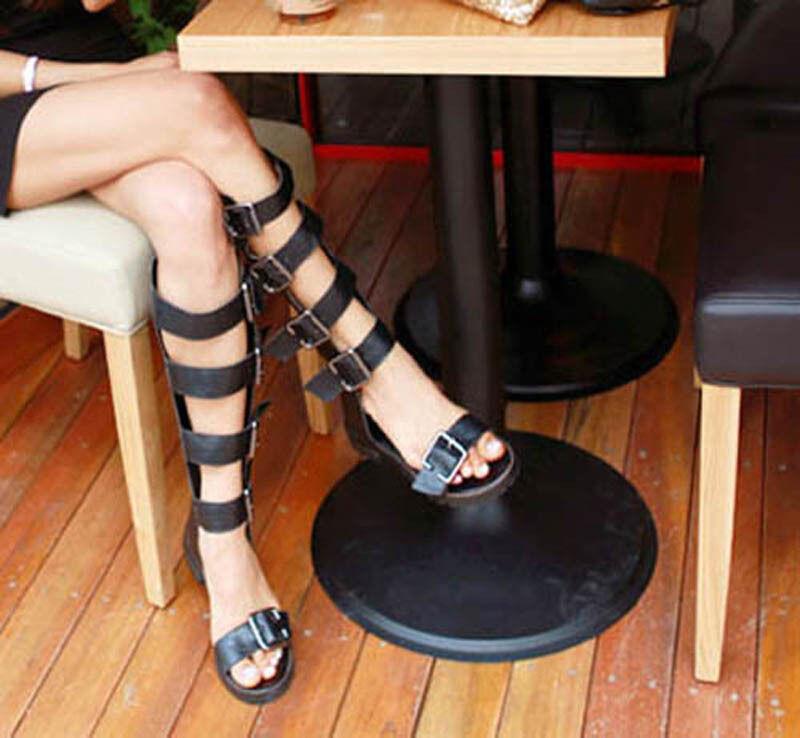 Women`s Black Faux Leather Gladiator Flat Sandals Buckle Straps Sandals US7.5US8