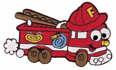 ad29 Feuerwehr Auto Leiterwagen Kinder Comic Aufnäher Bügelbild 10,6 x 6,4 cm