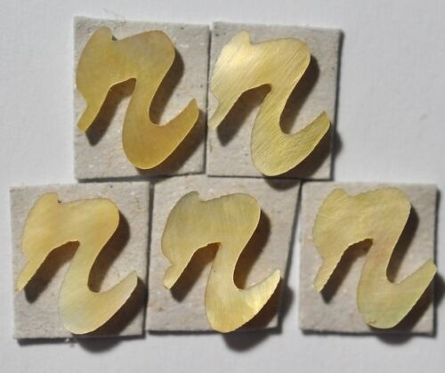 5 Lowercase R in Gold Mother of Pearl 9.4mm x 8.9mm x 1.5mm thickness