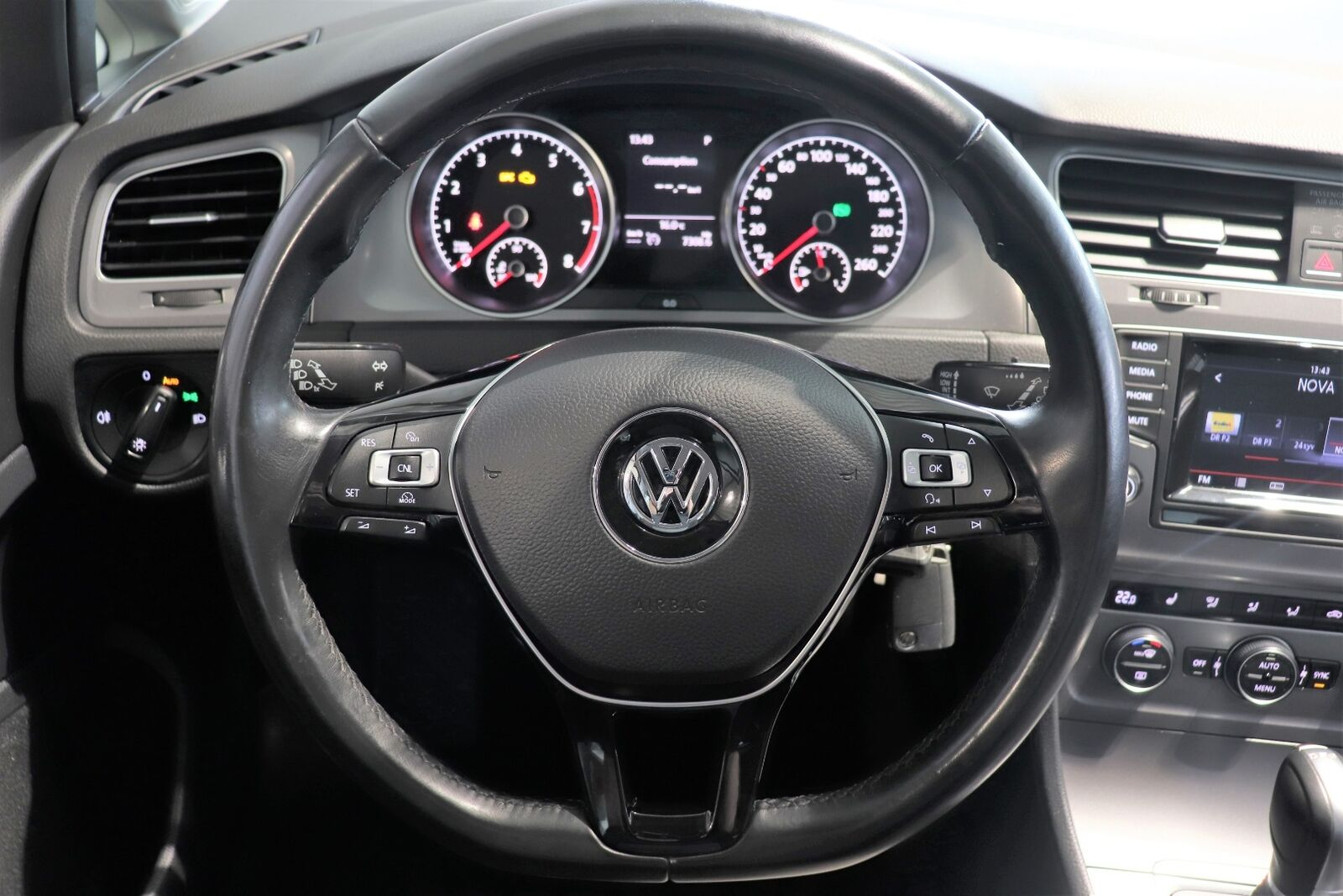 VW Golf VII TSi 122 Edition 40 DSG BMT