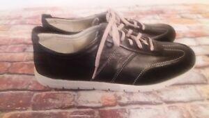 Easy-Spirit-Escatori-Womens-Lace-Up-Sneaker-Black-Leather-amp-Suede-Sz-11-M