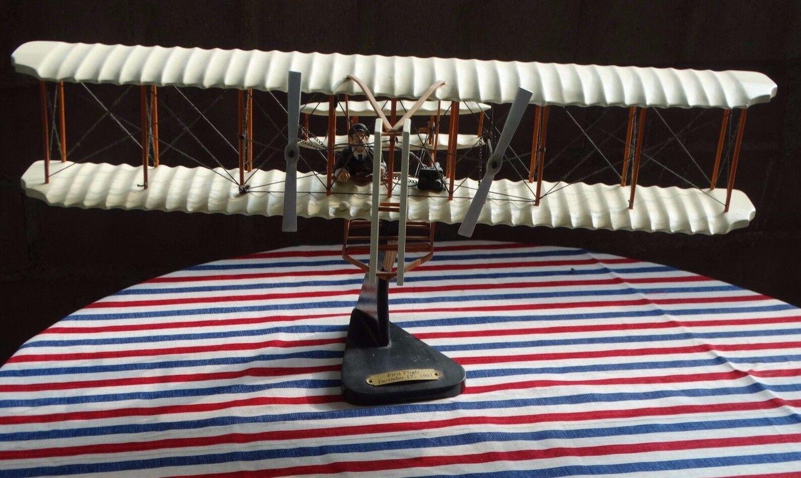 Danbury Mint Wright Bros. First Flight Airplane Wood Model 1 32 Scale Kitty Hawk