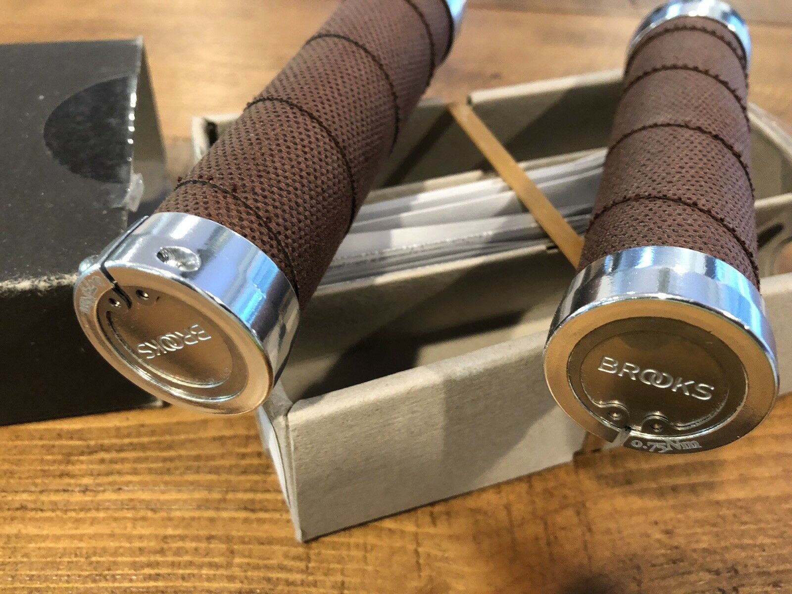 NEW Brooks Slender CAMBIUM Grips - Rust (130mm) Made in