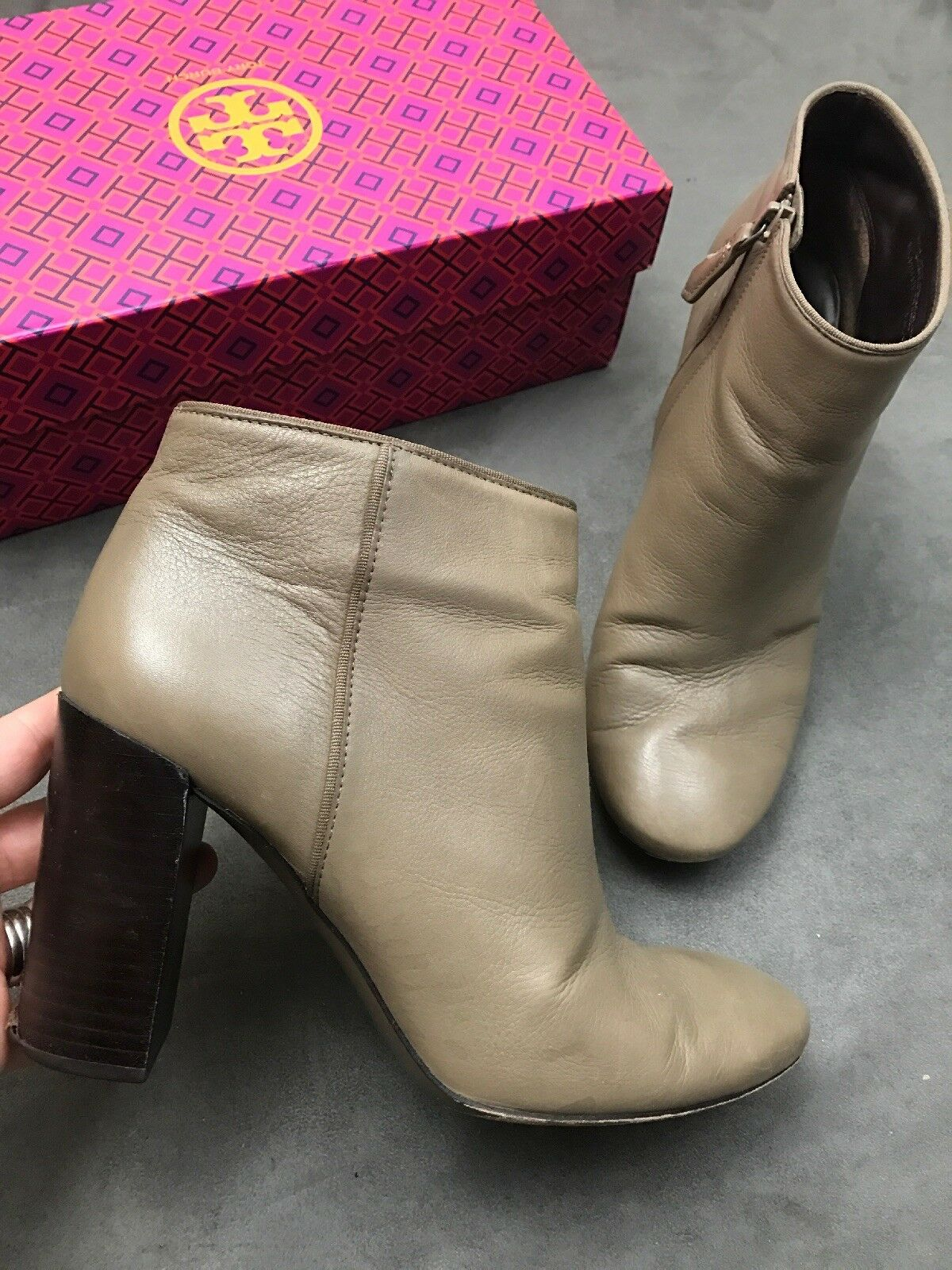 TORY BURCH Bowie Ankle Bootie Slip On Taupe Fango Leather Sabe Boots Sz 9.5