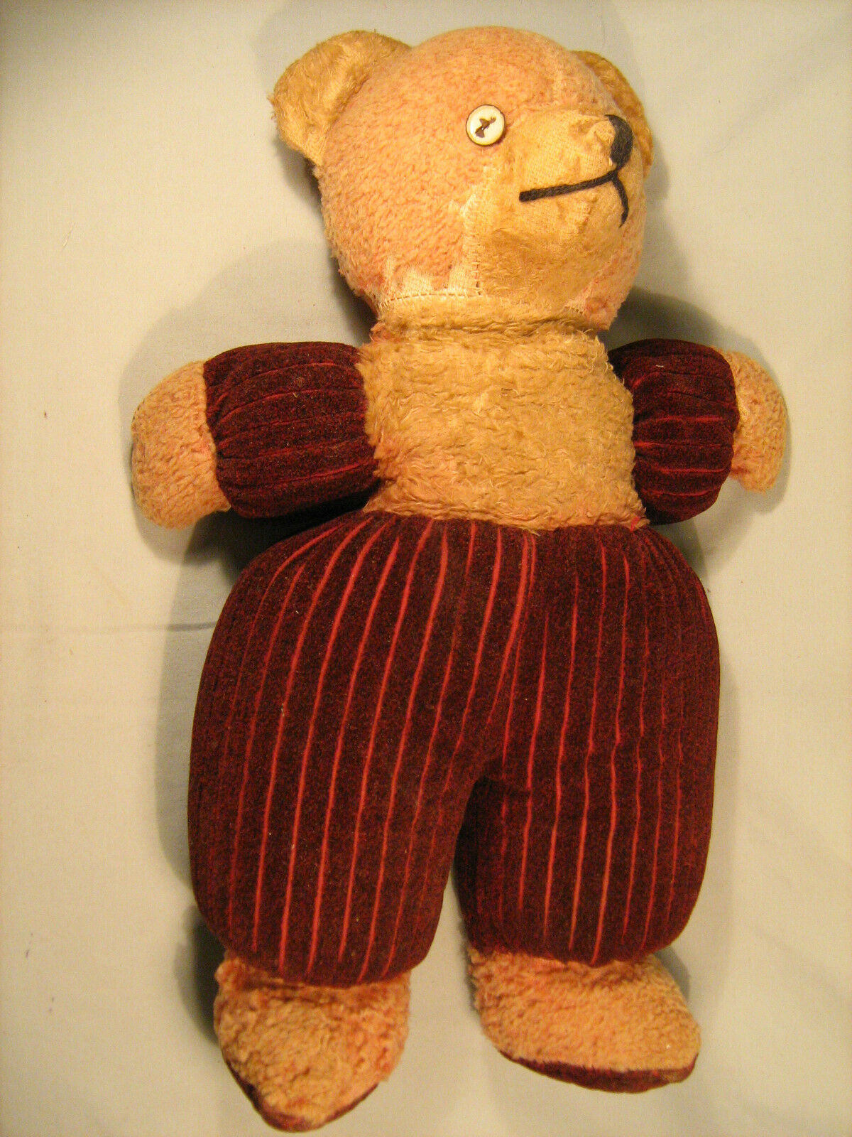 Very old Stuffed Animal - Bear [Y21]