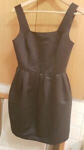 Classic-black-cocktail-dress-Size-8-By-Sunny-Girl-Silk-fabric-Gorgeous