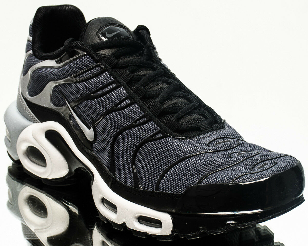 Nike Air Max Plus men lifestyle casual sneakers NEW dark grey black 852630-016