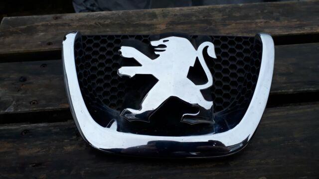 Peugeot 207 Front Badge Chrome Black.