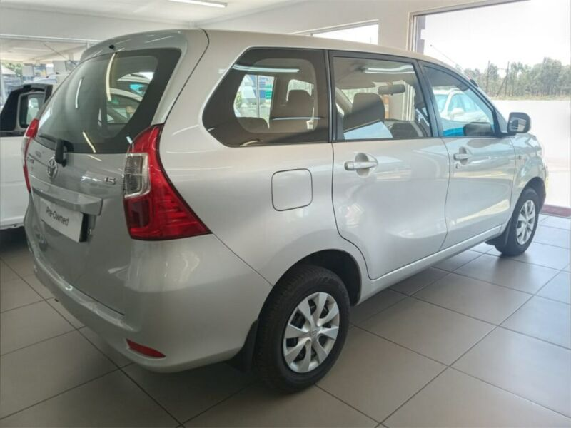 Toyota Avanza 1.5 SX AT, Silver with 13455km, for sale!