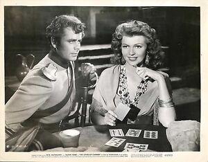 RITA-HAYWORTH-amp-GLENN-FORD-in-034-The-Loves-Of-Carmen-034-Original-Vintage-Photo-1948