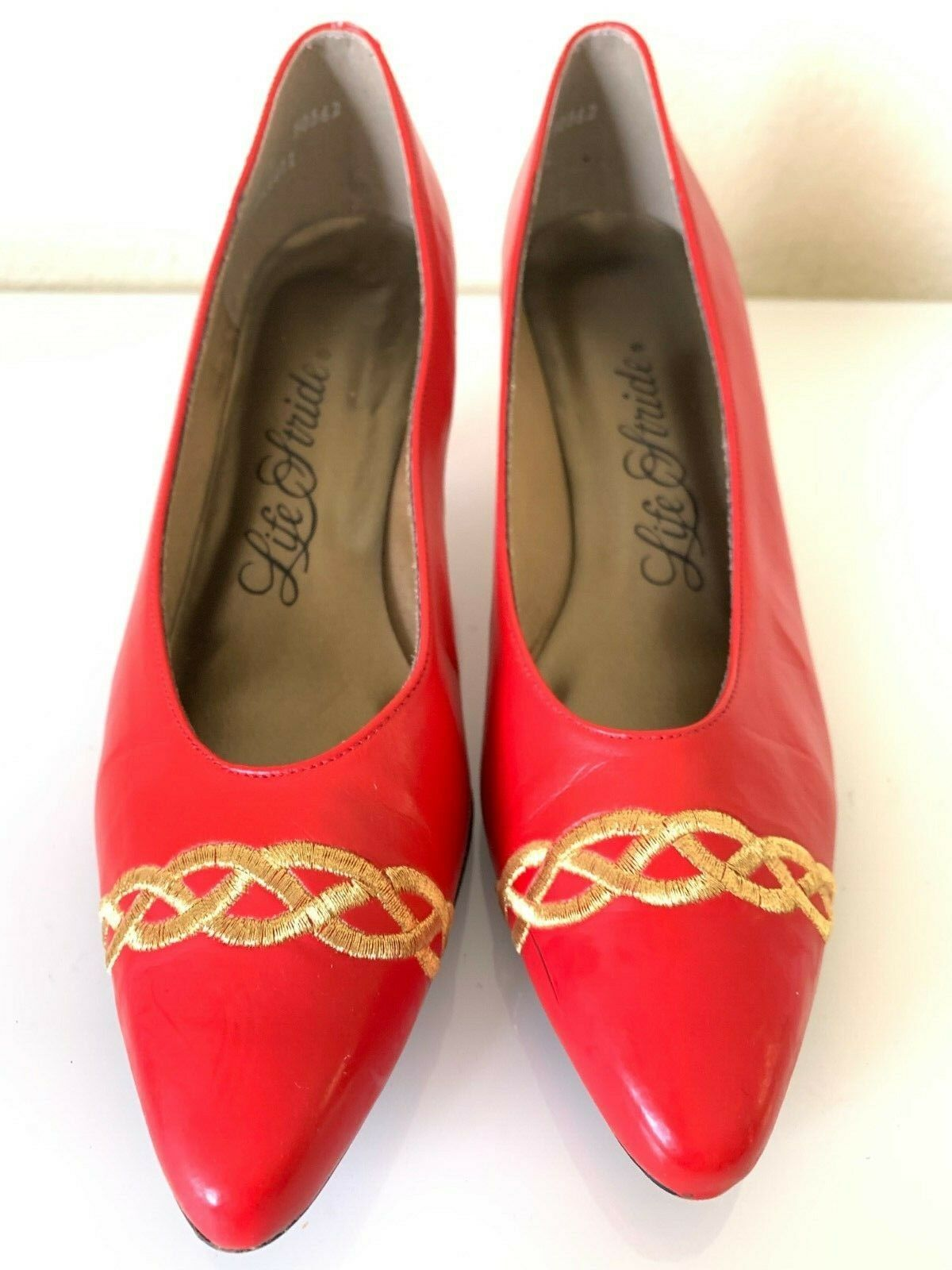 Vintage Red Pumps Pumps Pumps Kitten Heel gold Embroidered Toe Life Stride 8.5 AA-B VGUC 55566c