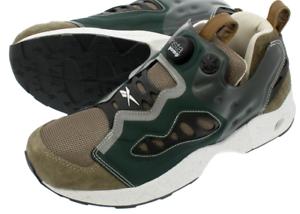 Zapatos de deporte clásicos de talle 10 - afilado en la calle CJ.
