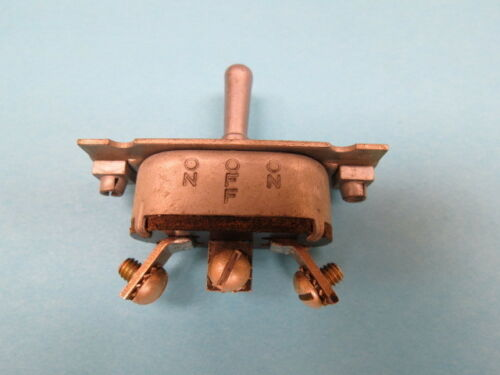 -OFF- Vintage Aircraft Toggle Switch Warbird NOS MOM.ON MOM.ON AN3022-7
