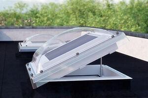 Flachdach-Fenster-Lichtkuppel-FAKRO-DEC-C-60x60cm-Z-Wave-elektrisch-gesteuerten