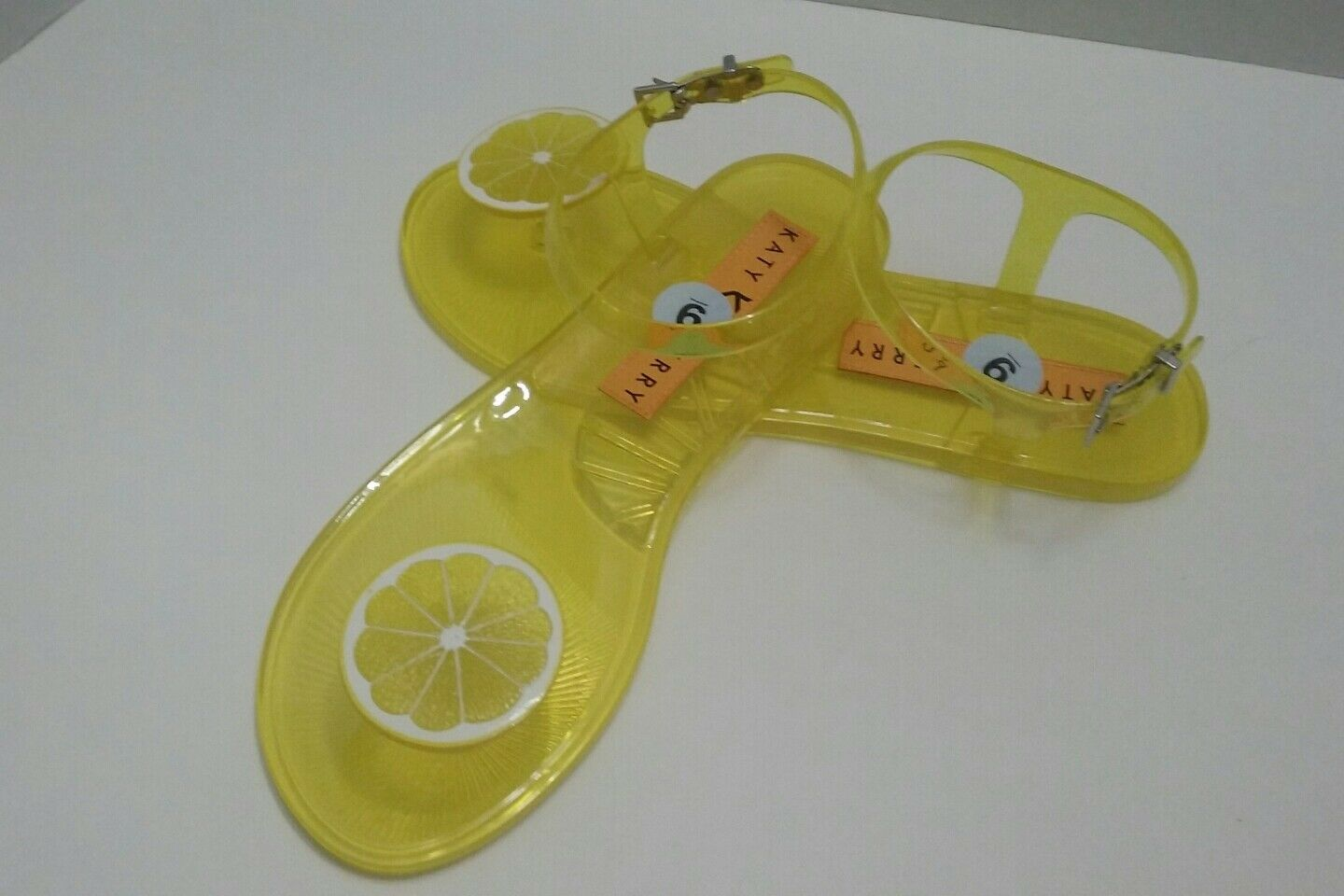 Katy Perry Geli Lemon Flat Sandal SZ 9 US Rare Sold Out Fruit Scented NEW Yellow