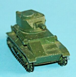 DINKY TOYS MECCANO ENGLAND ORIGINALE #152a LIGHT TANK 1946 Vickers ARMSTRONG