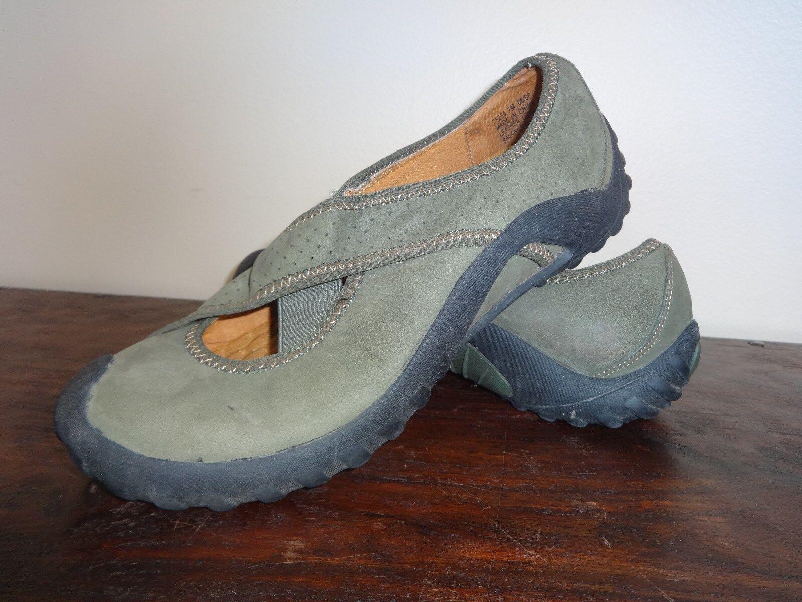 PRIVO by Clarks Women's Olive Nubuck Leather Slip-On Sport Size 7