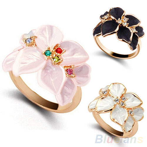 Women's New Flower Pattern Weddding Party Alloy Ring Charming Jewelry Stylish