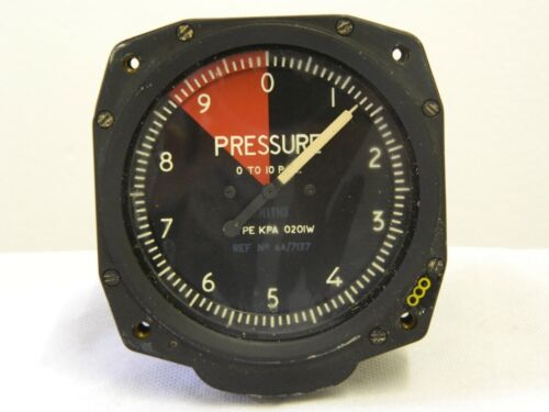 Ex RAF Smiths Aircraft Pressure Gauge 0-10 PSI Part no KPA0201W [2R8E]