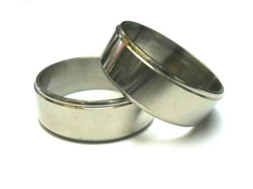 NEW. SIZE V A  SILVER MENS MANS   STAINLESS STEEL RING