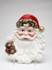 The Holiday Aisle Evergreen Holiday Santa Plate