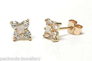 9ct-Gold-Opal-Cluster-Stud-earrings-Gift-Boxed-Studs-Made-in-UK