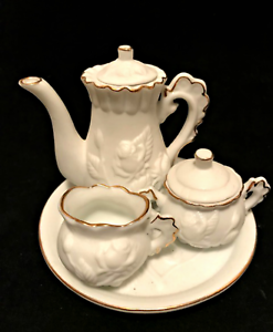 Doll-Childs-Porcelain-Bisque-Tea-Set-6-Pieces-Ivory-Raised-Roses-Gold-Trim