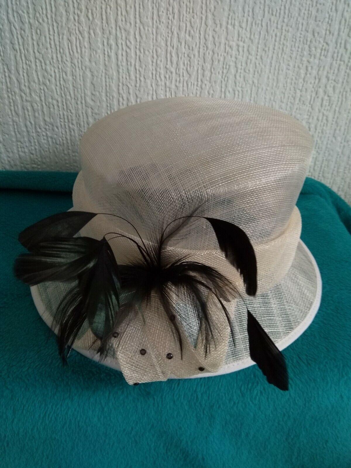 Ladies Hat By Hat Box
