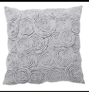 Pottery Barn Teen Rose Twist Pillow Cover Gray Pb New 16
