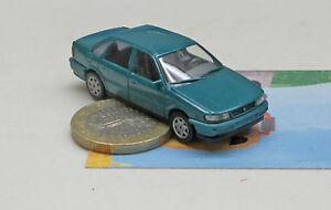 Wiking-041-01-VW-Passat-Limousine-d-039-turquoise