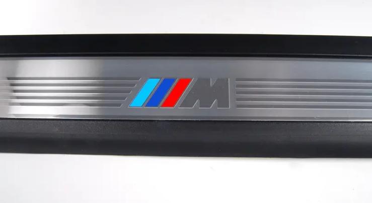 BMW NEW GENUINE 5 E60 E61 03-10 N//S LEFT FRONT M SPORT DOOR SILL STRIP 7898821