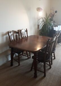 Solid-mahogany-dining-table-and-chairs