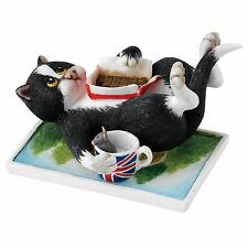 Linda Jane Smith Comic and Curious Cats Take A Break Figurine Ornament A23801