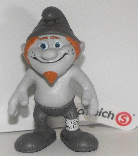 20758 Hackus Naughties from 2013 Smurfs 2 Movie NEW Plastic Figurine Figure