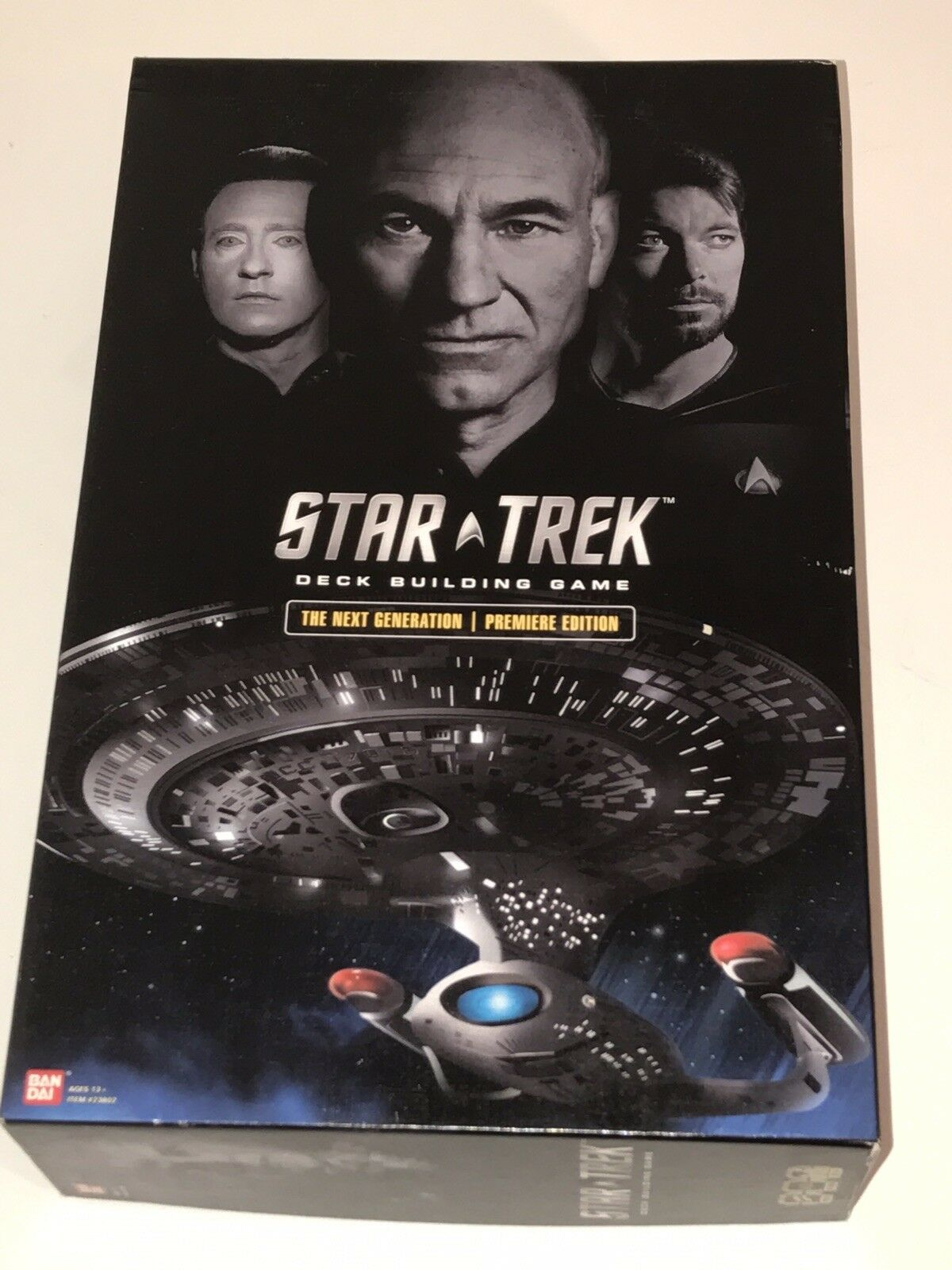 Star Trek The Next Generation PREMIERE EDITION Deck Building Game 100% Complete