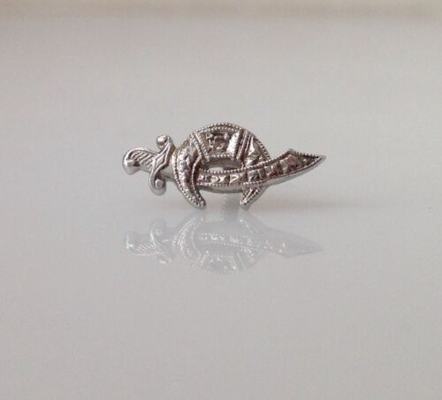 14K White Gold Vintage Shriner Lapel Pin Signed Wefferling Berry & Co.