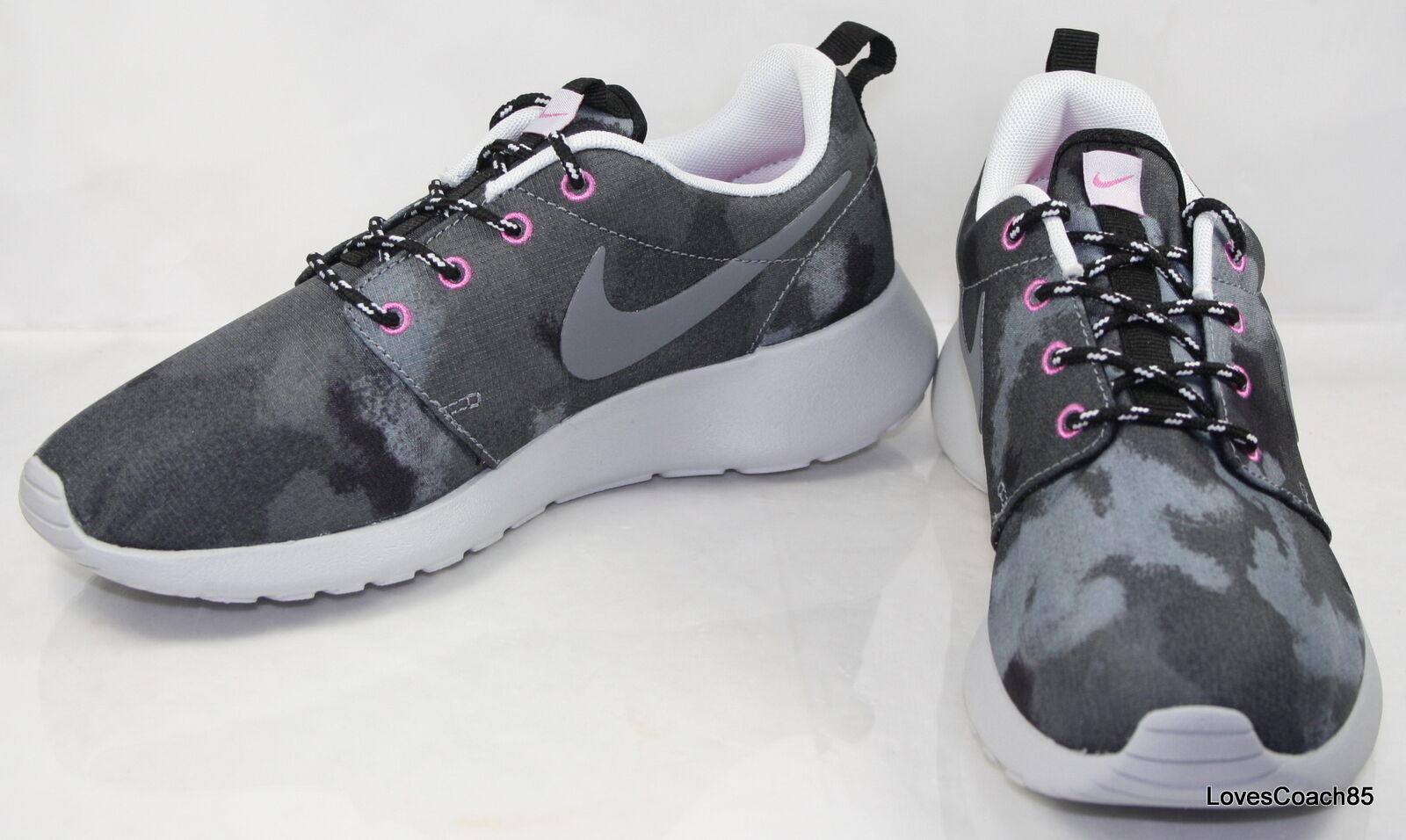 Wmns Nike Rosherun Print Size 6.5 Black Cool Grey 599432-001 599432-001 599432-001 New in Box 3275ea