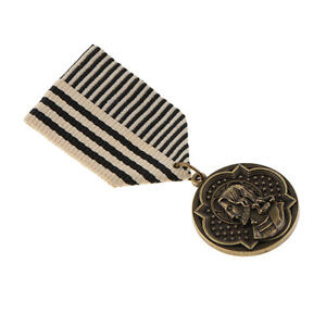 Vintage-Figure-Engraved-Badge-Uniform-Brooch-Pin-Military-Epaulet-Charms