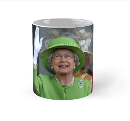 New HM Queen Elizabeth-The Queen Royal Family London High Quality Pro Photo Mug
