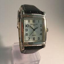 Magnum 1930 * Rechteckig * Herren Quarz Uhr * Lederband Schwarz