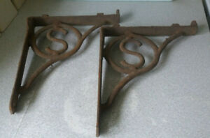 PAIR-ANTIQUE-VINTAGE-ARCHITECTURAL-ORNATE-WROUGHT-IRON-WALL-BRACKETS-1
